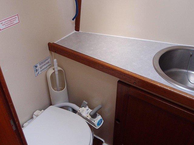 fredmre-toalett